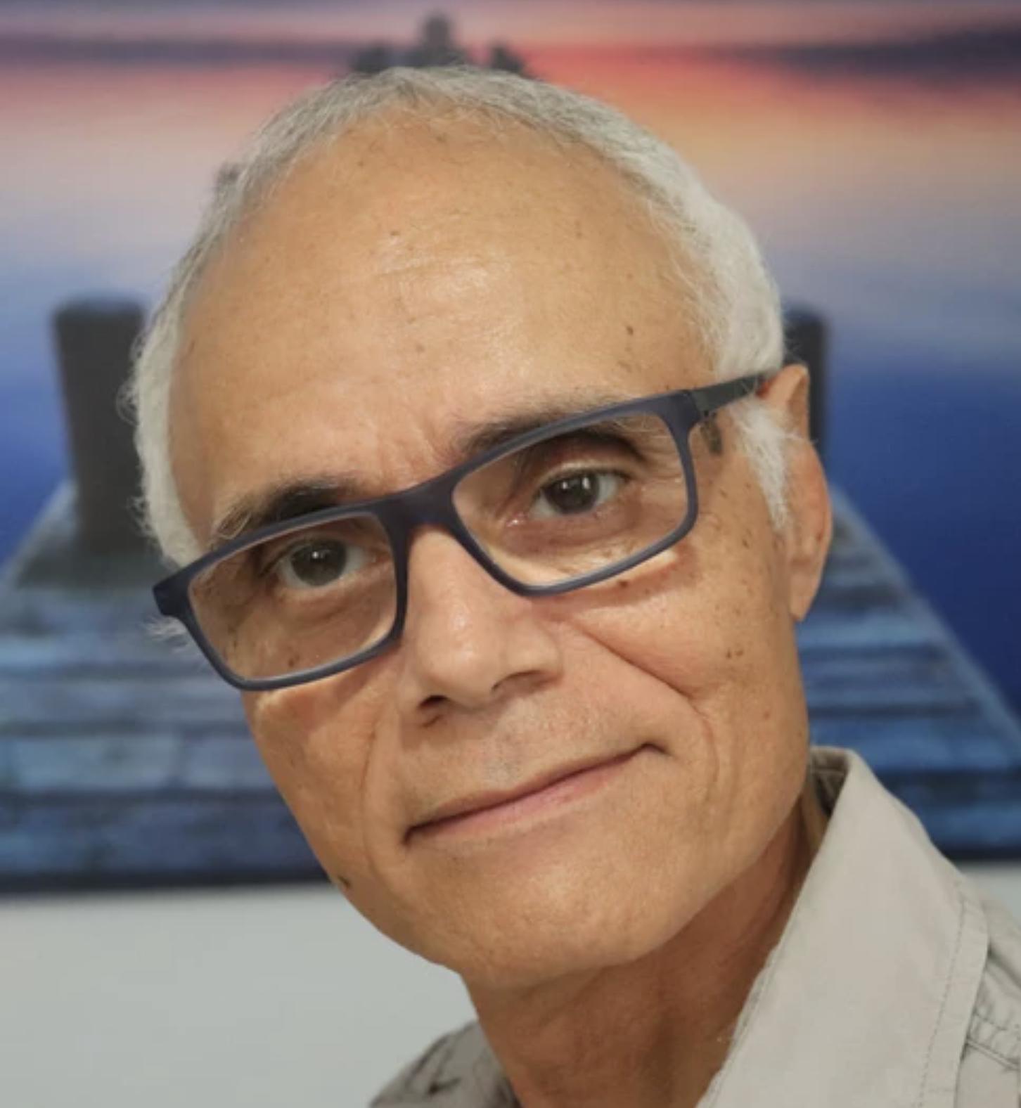 Hector M. Rivera-Claudio : Chief Citizen Scientist